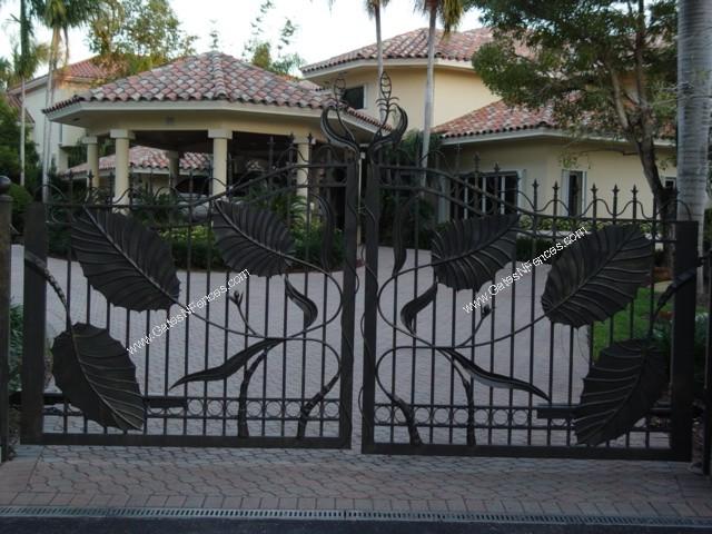 Custom gates custom driveway gate custom iron gates custom for Aluminum gates for driveways