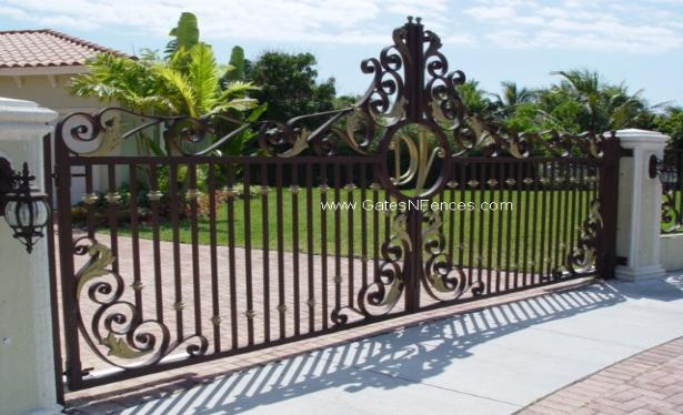 Security Drivewy Gate, It can be made in Wrought Iron or Aluminum Slide or Swing