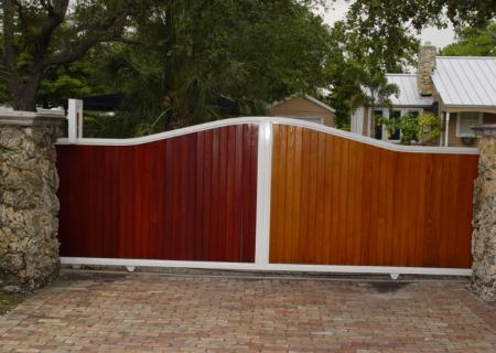 Privacy Driveway Gate Metal Frame Wood Slats for Privacy Yard Privacy Fencing