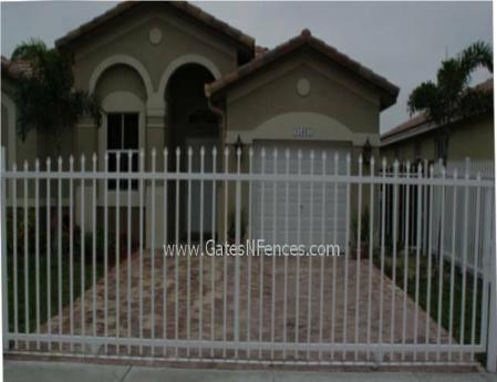 Residential Gate, Residentail Driveway Gate, Residential Metal Gate, Residential Entrance Gate